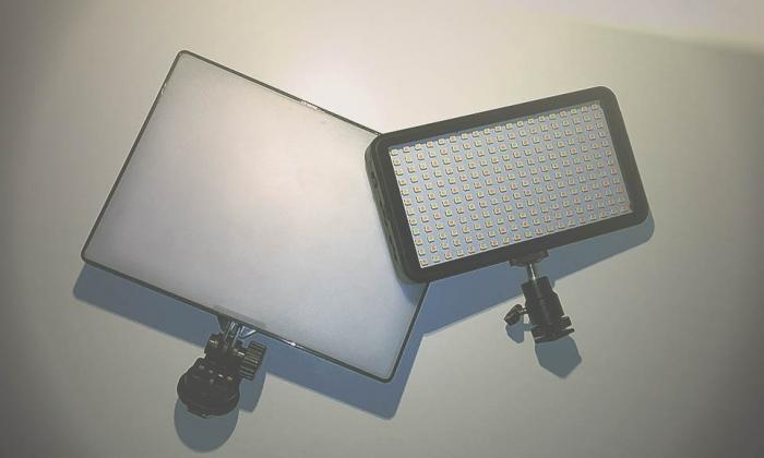 http://LED-Videolampen